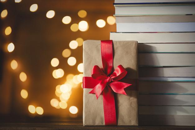 Cómo envolver un libro como regalo